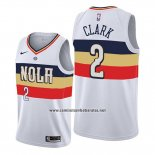 Camiseta New Orleans Pelicans Ian Clark #2 Earned Edition Blanco