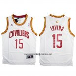 Camiseta Cleveland Cavaliers Kyrie Irving #15 Blanco