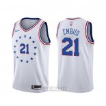 Camiseta Philadelphia 76ers Joel Embiid #21 Earned Blanco